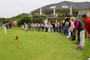 Das Charity Golfturnier brachte 4.250 Euro für United Kids Foundations ein. Foto: Volksbank eG Braunschweig Wolfsburg