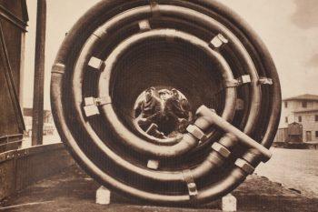 Kupferrohrschlangensystem – Foto aus der Unternehmenschronik 1916-1941. Foto: Kristina Krijom
