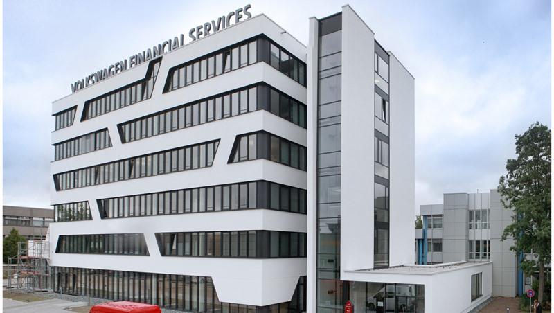 volkswagen financial services baut standort in. Black Bedroom Furniture Sets. Home Design Ideas