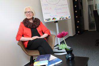 Dr. Melanie Vonau Inhaberin des jüngst gegründeten Unternehmens beside. und Lehrbeauftragte für Führung und Personalentwicklung an der TU Braunschweig. Foto: Derya Özlük