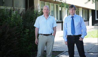 Prof. Dr. Jörg Müller, Vorstandsmitglied des Zentrums und Dr. Alexander Herzog, Leiter der Geschäftsstelle. Foto: Stephanie Link