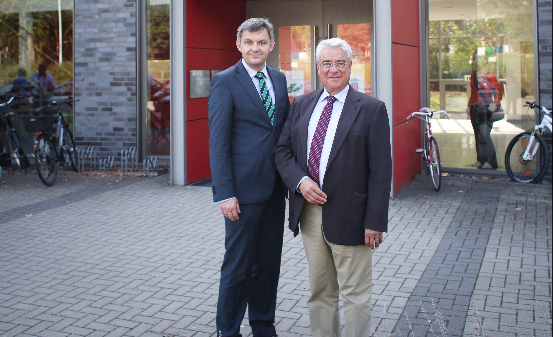 Dr. Jens Bölscher und Joachim Roth . Foto: Paul Grumer