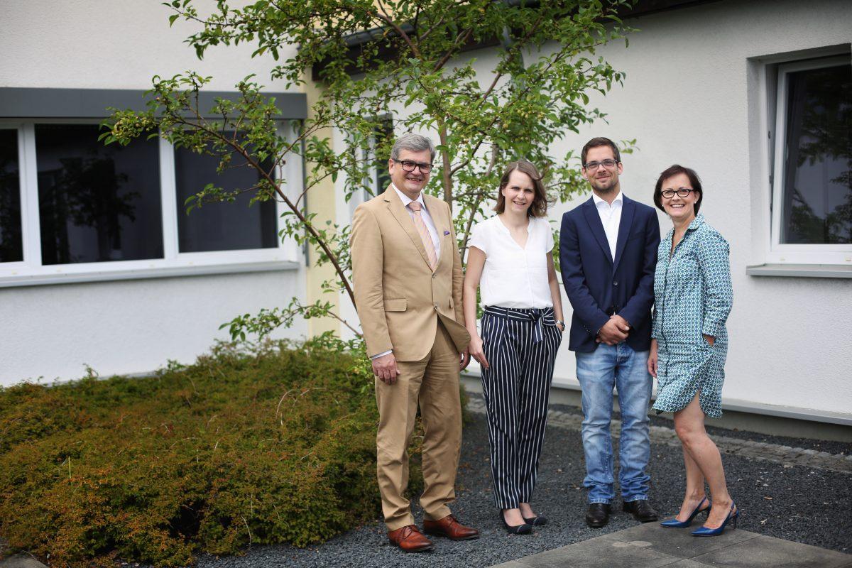 Der Familienstamm der AL-Elektronik Distribution GmbH: Wilfried, Nicole, Sebastian und Edeltraud Both. Foto: Derya Özlük