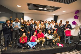 Die Teilnehmer des borek.digital Startup Weekend mit Richard Borek jr., geschäftsführender Gesellschafter der Unternehmensgruppe. Foto: borek.digital