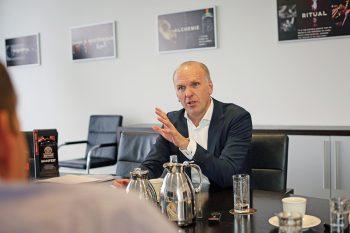 Michael Volke wechselte 2008 von Bacardi Deutschland in den Jägermeister-Vorstand und ist seit 2016 dessen Vorsitzender. Foto: Holger Isermann