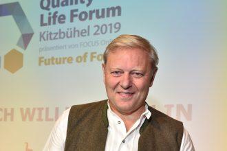 Jürgen Brinkmann bei der Vergabe des Quality Life Awards beim 6. Quality Life Forum in Kitzbühel.