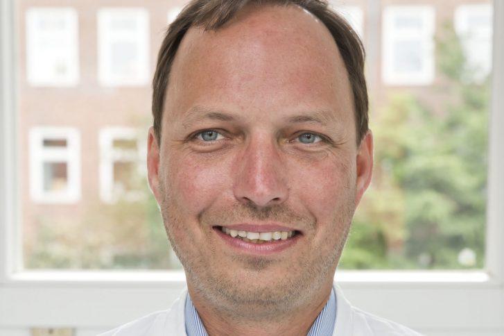 Prof. Philipp Wiggermann berät die EU-Kommission bei der Qualitätssicherung für Medizinprodukte. Foto: Klinikum Braunschweig/Jörg Scheibe