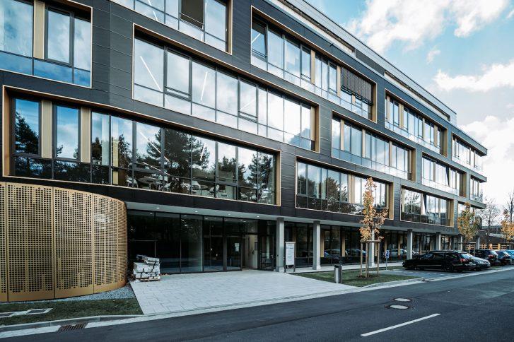 Das neue Zentrum für Wirkstoff- und Funktionelle Genomforschung auf dem Science Campus Braunschweig-Süd. Foto: DSMZ.