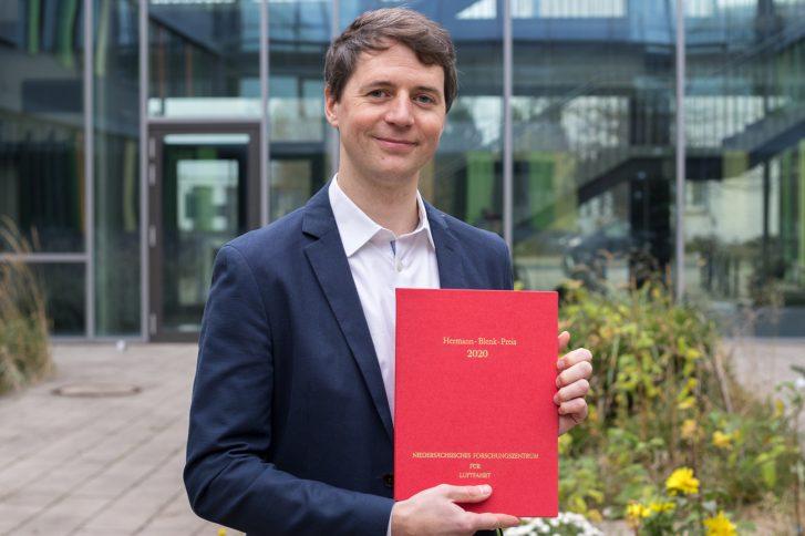 Dr.-Ing. Paul Bernicke wurde mit dem Hermann-Blenk-Forscherpreis ausgezeichnet. Foto: Max Fuhrmann/ TU.